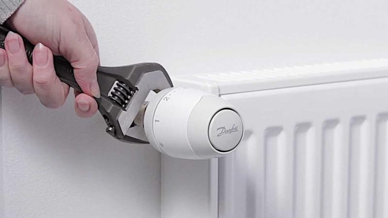 Importanta si rolul robinetilor cu cap termostat la o centrala pe lemne